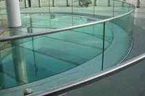 5_curved_glass_balustrade_0